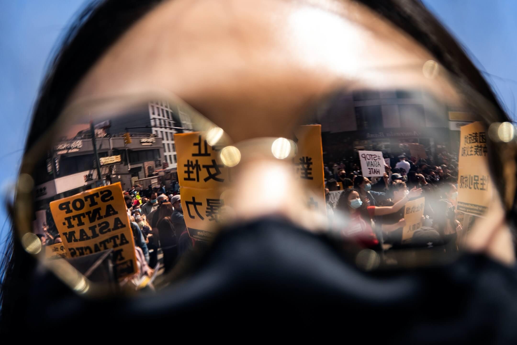 2021年3月27日,美國紐約市皇后區,有集會抗議針對華裔人的暴力行為。 攝:Jeenah Moon/Reuters/達志影像