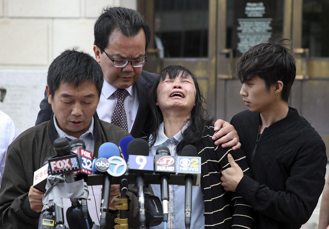2019年6月24日,伊利諾伊州中部地區聯邦法院對克里斯滕森綁架和謀殺章瑩穎的罪名成立,家人在法院外接受採訪。