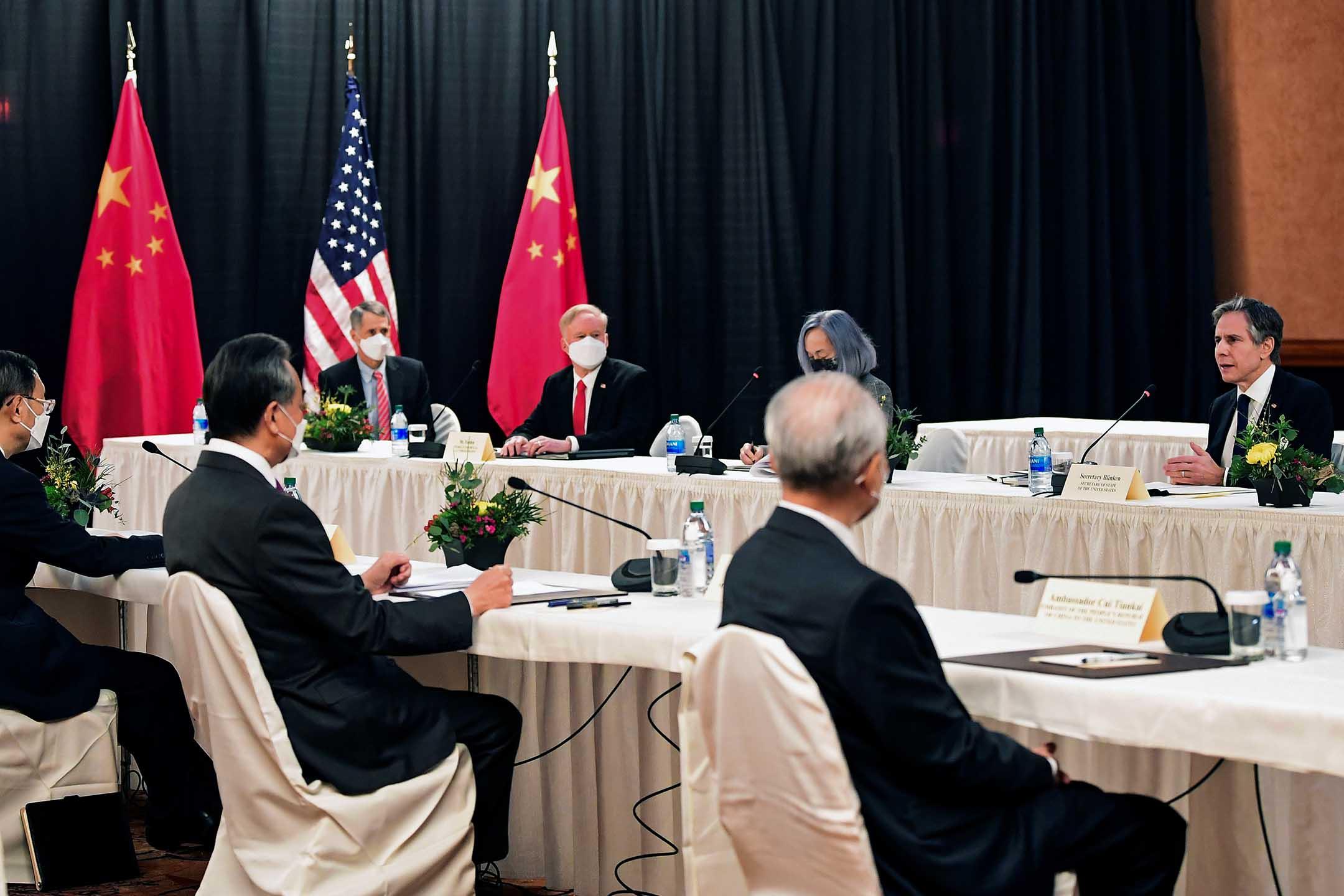 2021年3月18日在美國阿拉斯加州安克雷奇,美國與中國展開高層戰略對話。 攝:Frederic J. Brown/Pool via Reuters/達志影像