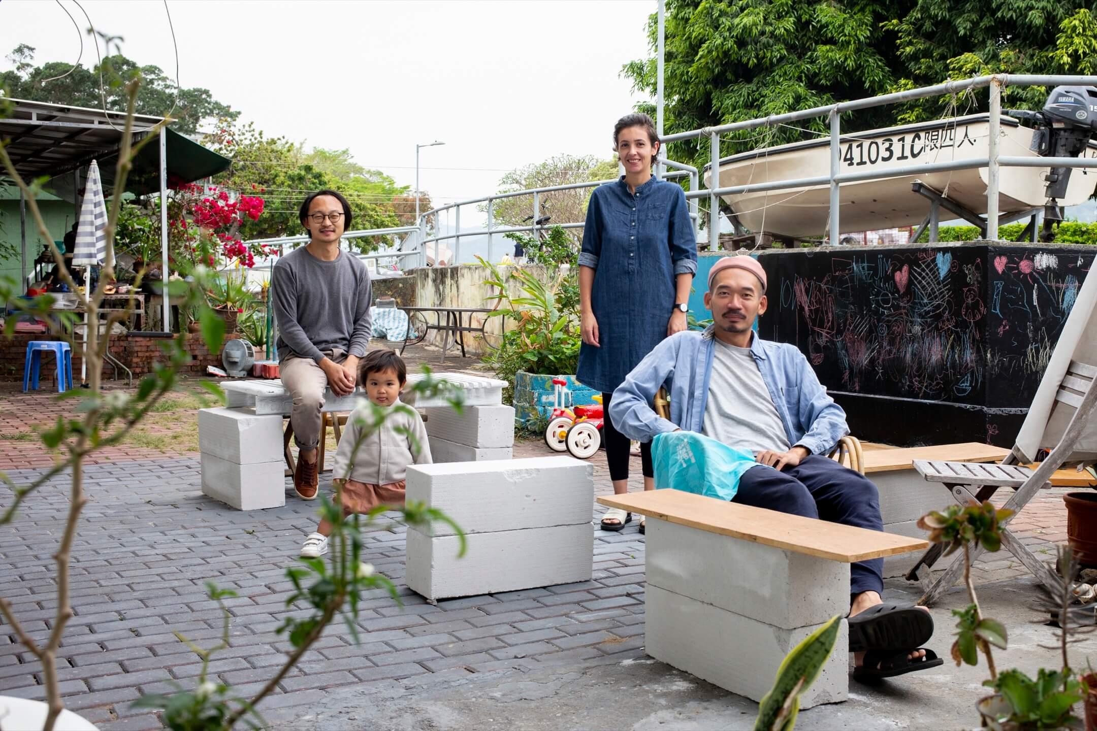 阿傑、Myriem 、阿俊與小女孩Lou Chan。 攝:林振東/端傳媒