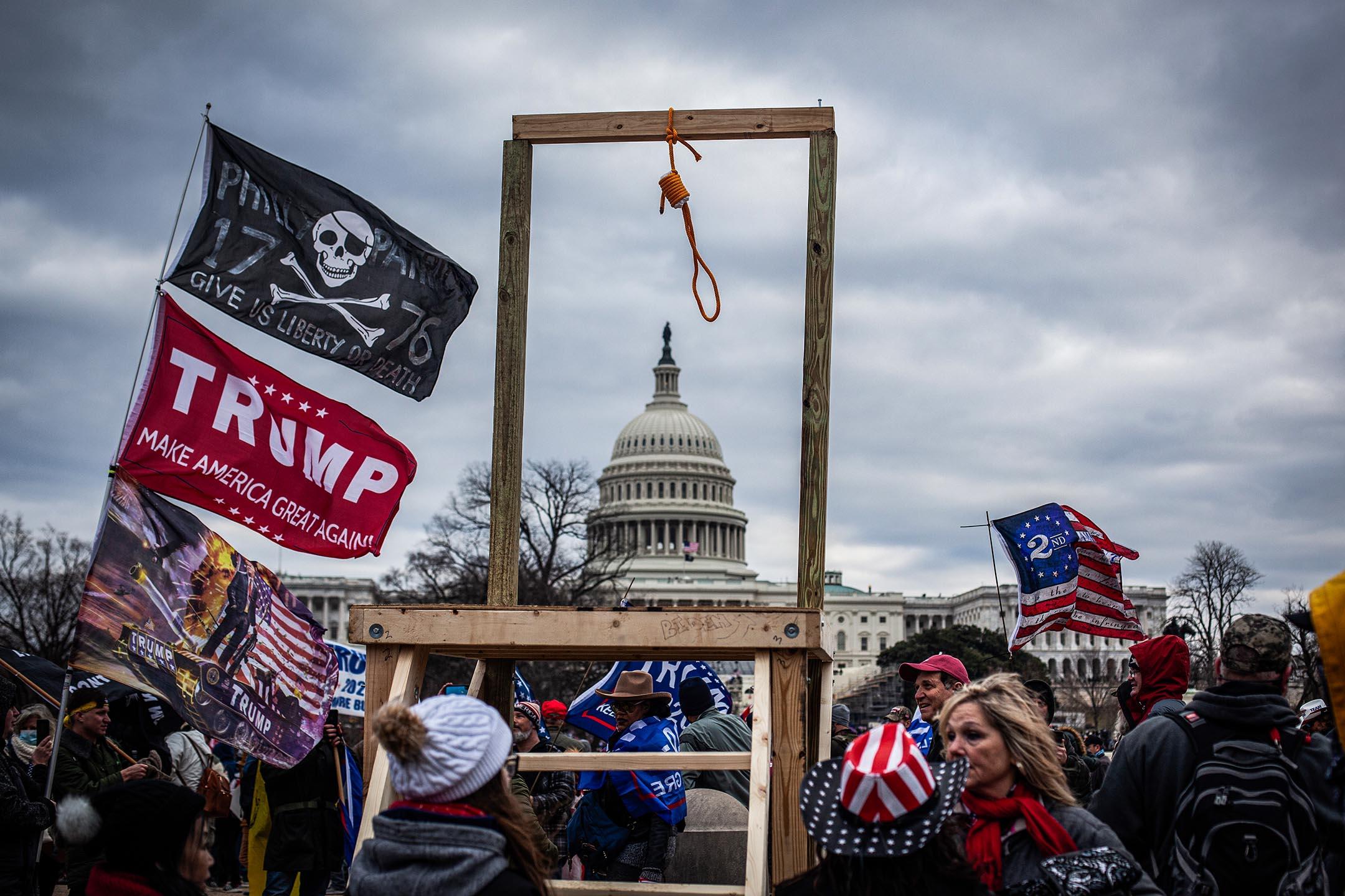 2021年1月6日華盛頓,美國國會大廈附近的特朗普支持者。