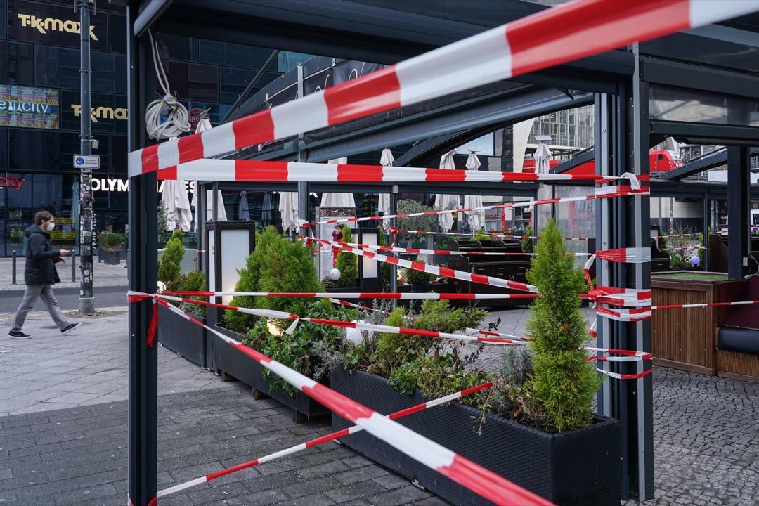 2021年1月20日,德國首都柏林,新型冠狀病毒疫情將近一年,市面上的食肆等店鋪依然未能重開。