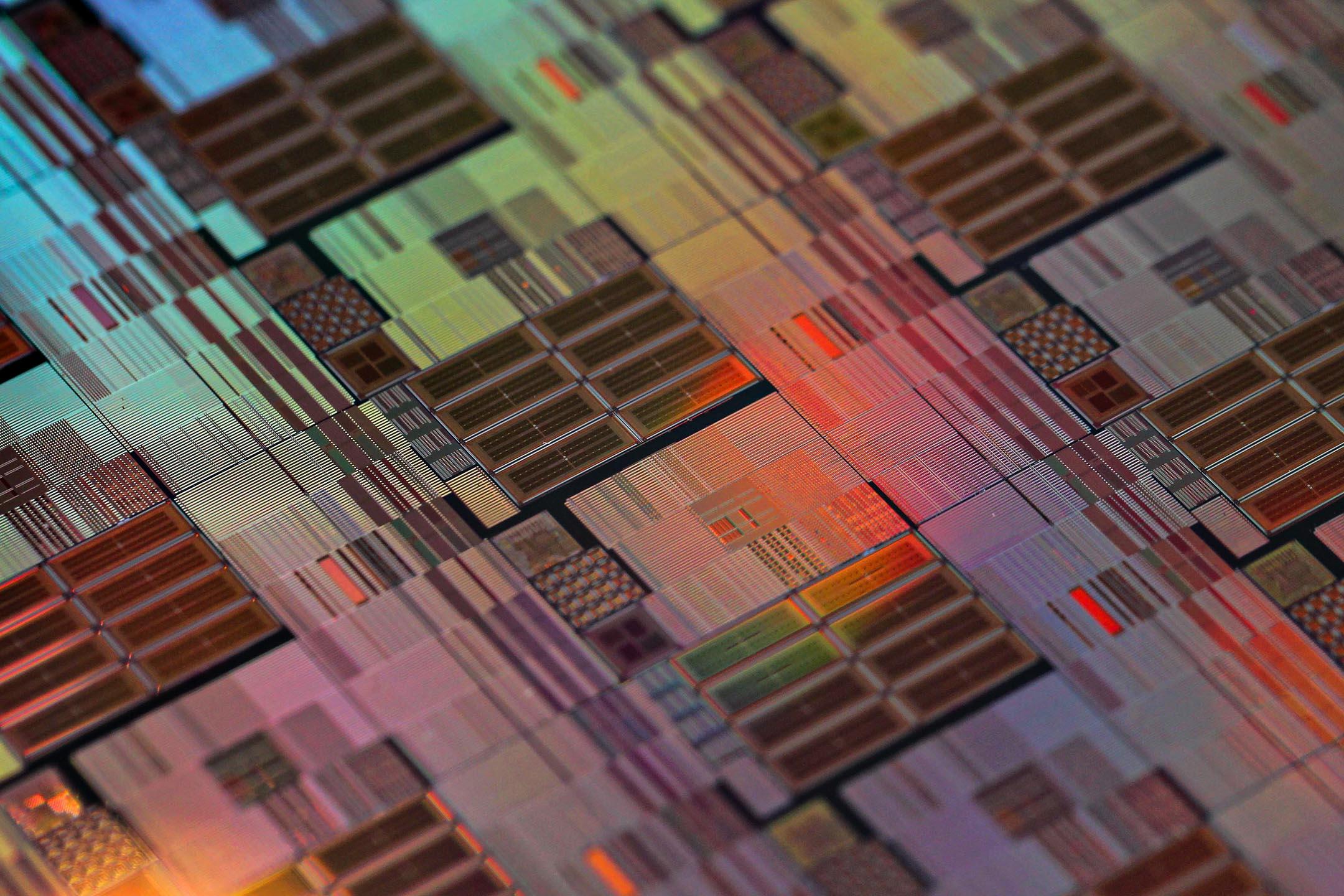 2013年1月16日,台灣新竹台積電的公司總部製造的晶片。