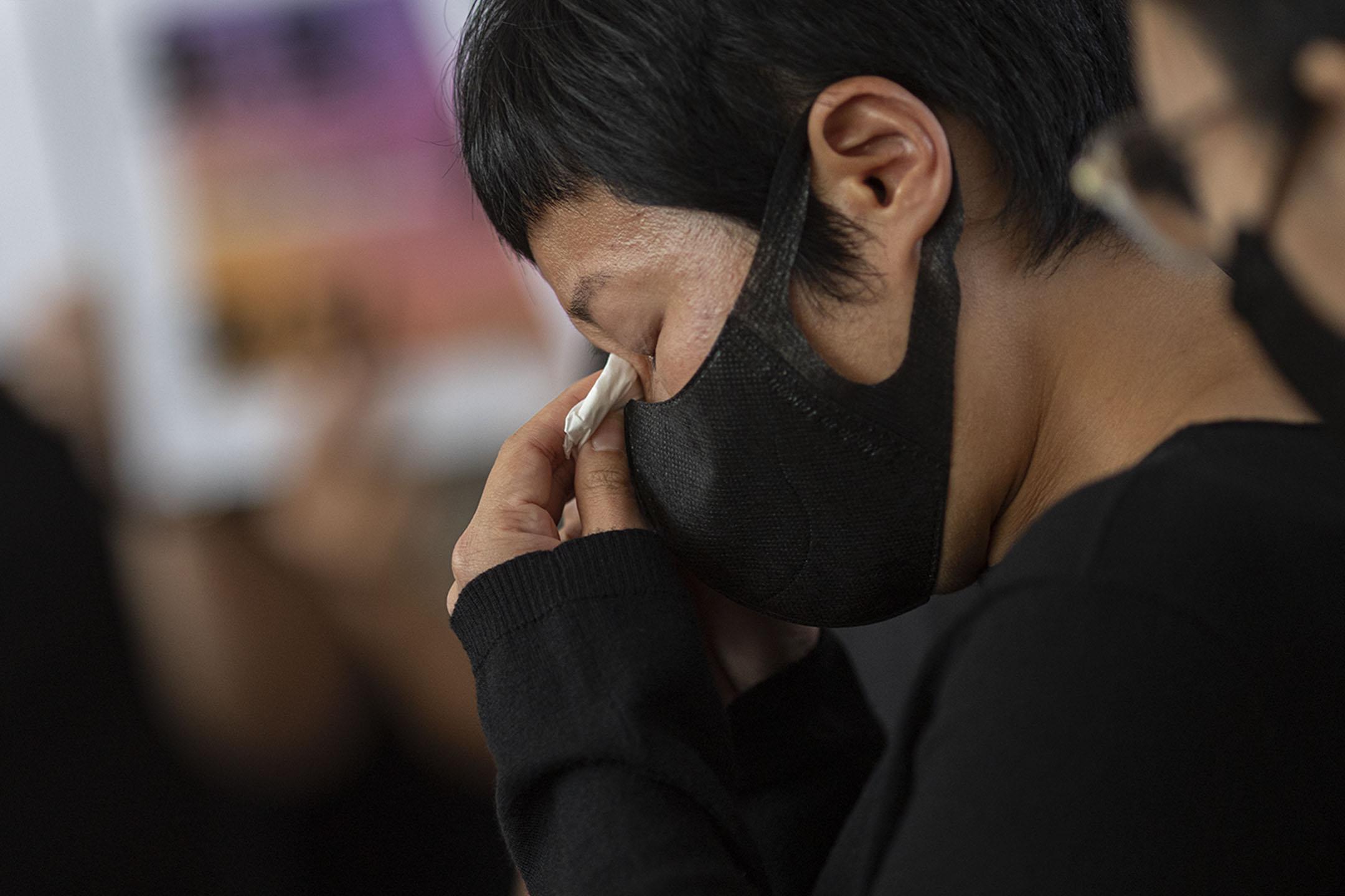 2021年4月22日西九龍裁判法院,蔡玉玲在裁決後接受媒體訪問。