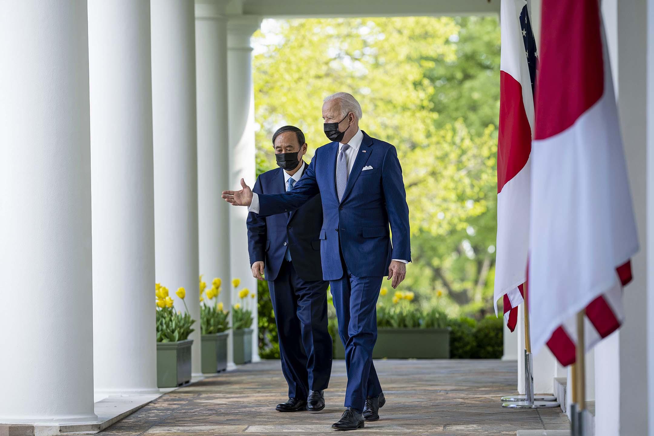 2021年4月16日華盛頓,美國總統拜登和日本首相須賀芳秀在白宮舉行新聞發布會。 攝:Doug Mills-Pool/Getty Images