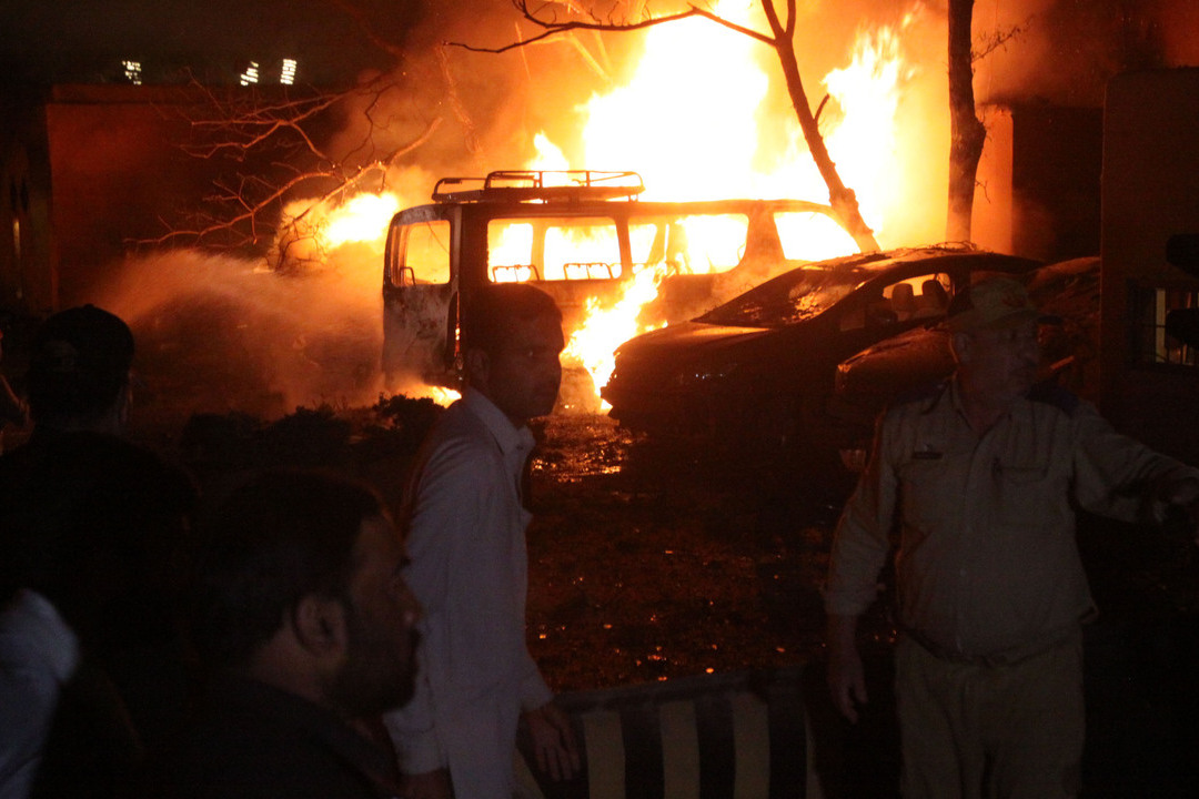 2021年4月21日,巴基斯坦奎達市(Quetta)塞雷納酒店(Serena Hotels)停車場發生爆炸。 攝:Mazhar Chandio/Getty Images
