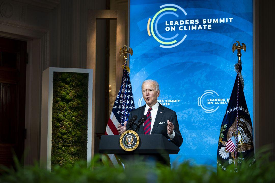 2021年4月22日,美國總統拜登在全球氣候在線峰會上講話。 攝:Al Drago/Getty Images