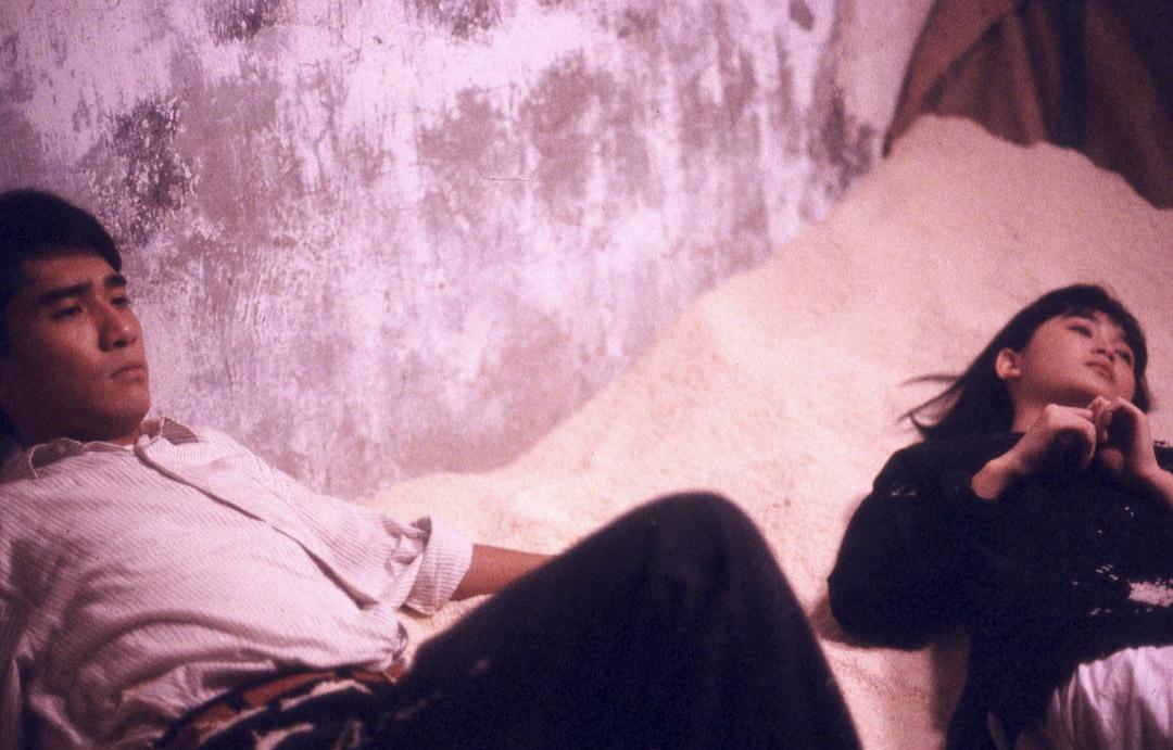 《地下情》(1986)電影劇照。 網上圖片