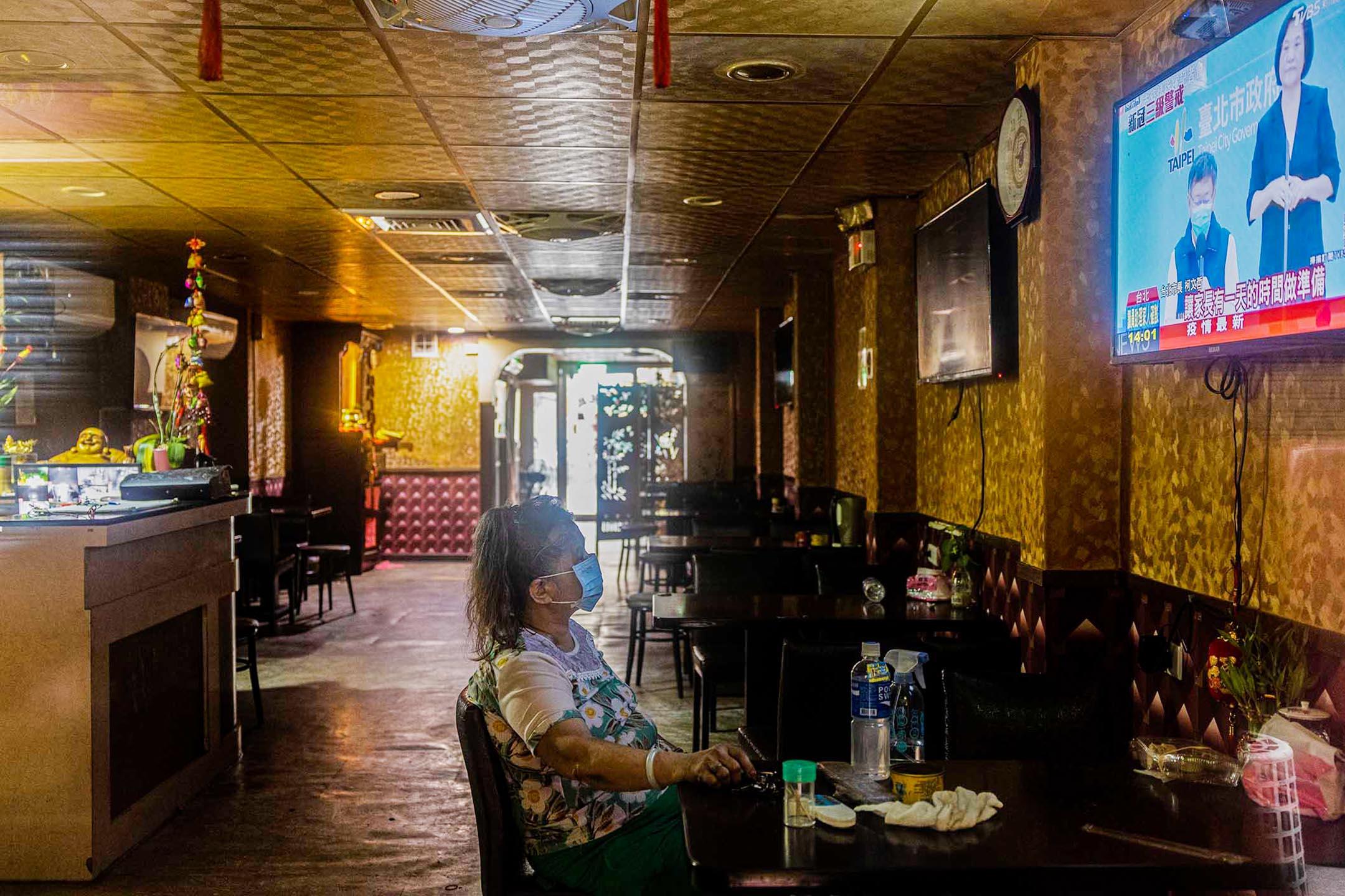 2021年5月17日,台北萬華區的茶室。 攝:張國耀/端傳媒