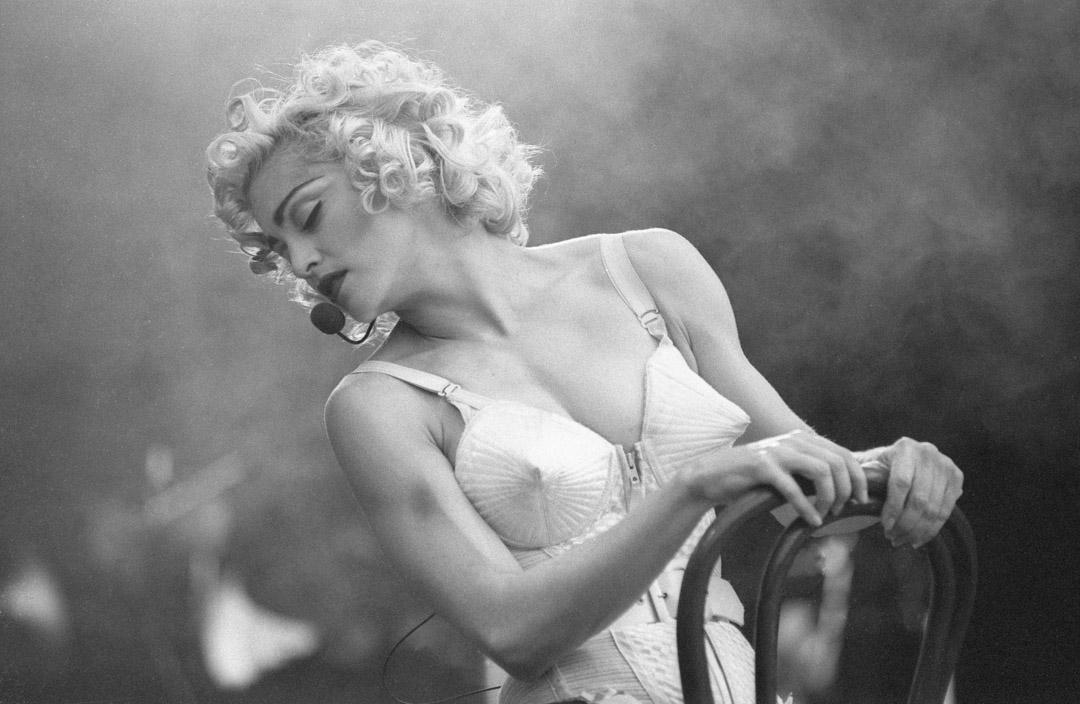 1990年7月24日,麥當娜在荷蘭鹿特丹的一場演出。
