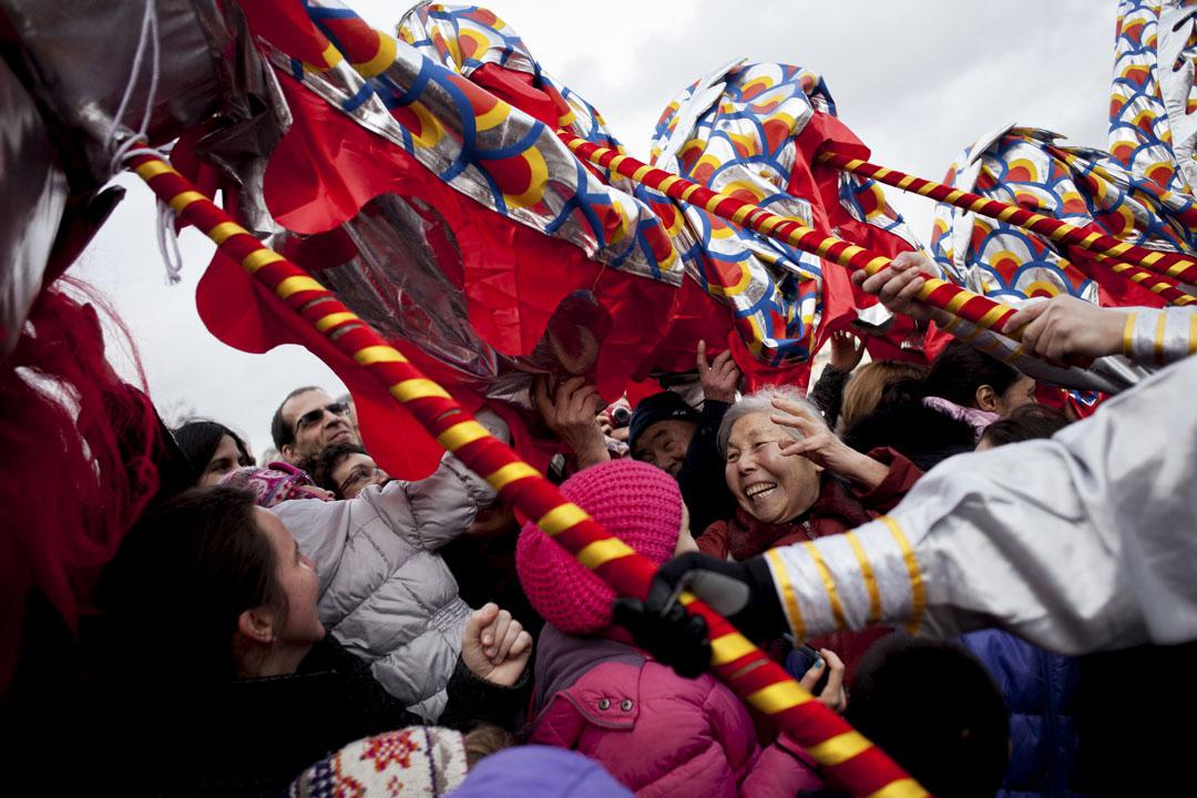 2014年2月9日,在巴黎的中國人正在慶祝新年。