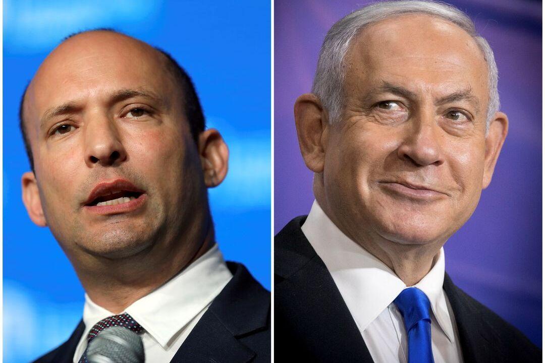 以色列極右翼民族主義領袖貝內特(Naftali Bennett,左)和總理內塔尼亞胡(Benjamin Netanyahu)。 攝:Reuters