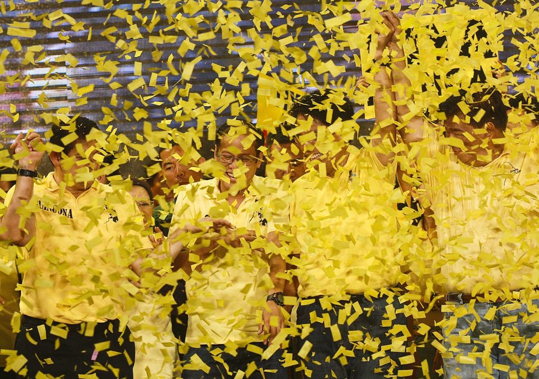 2010年5月7日,菲律賓奎松市,艾奎諾三世領導自由黨一個集會。