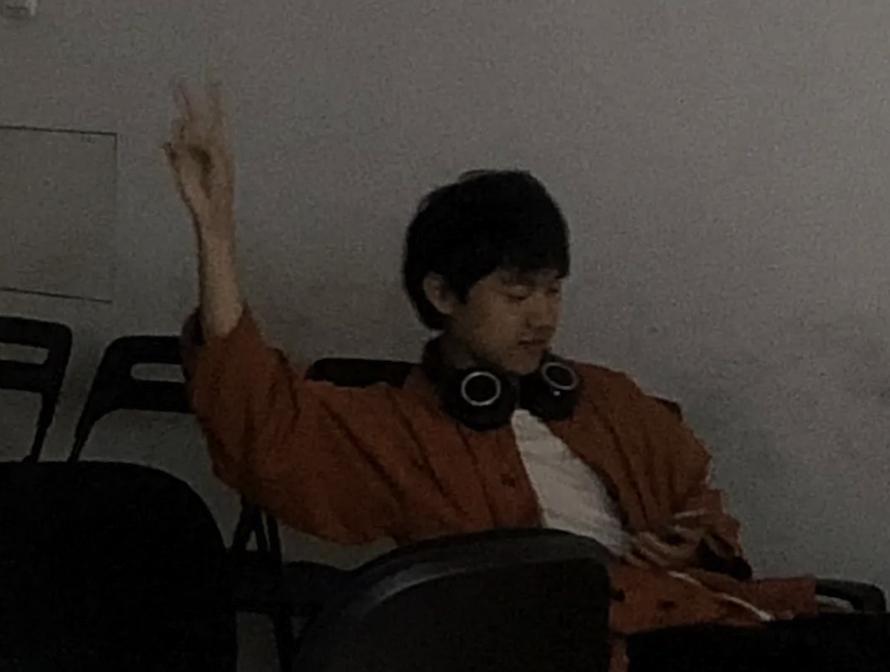 《小鮮肉模擬器》的作者楊競