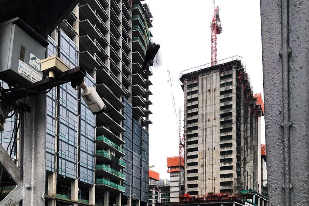 位於仰光市中心的旗艦物業和酒店開發項目在政變後暫停,已經沒有了工人們的蹤影。