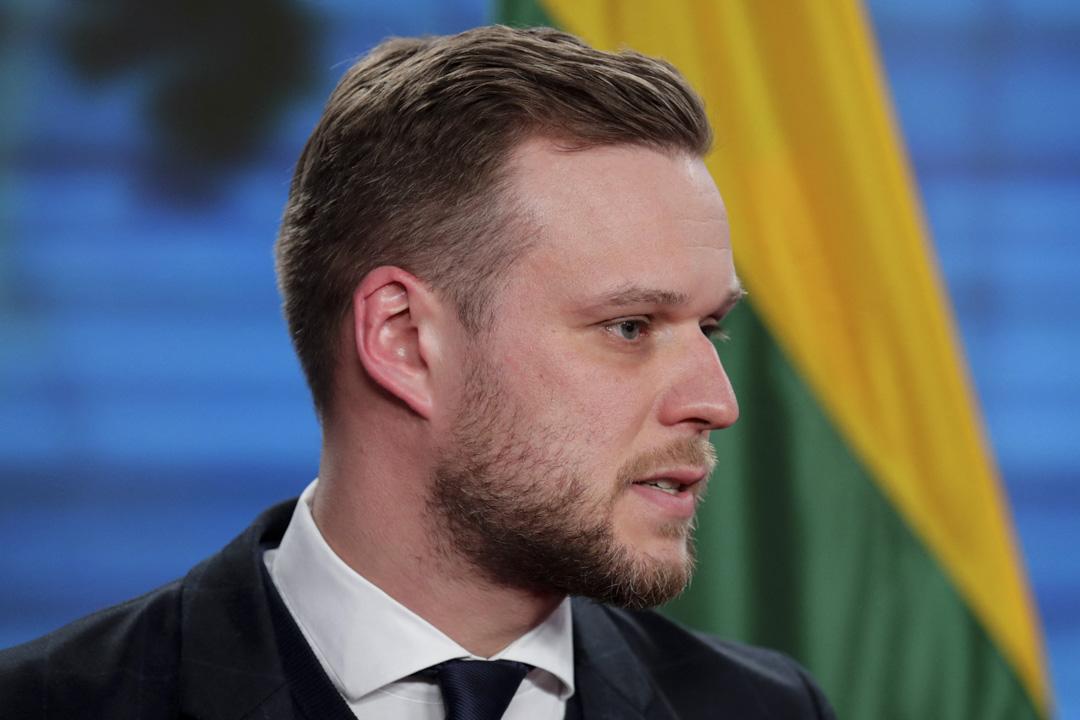 2021年3月17日,立陶宛外交部長蘭斯伯格斯(Gabrielius Landsbergis)在柏林與德國外交部長會談後向媒體發表講話。