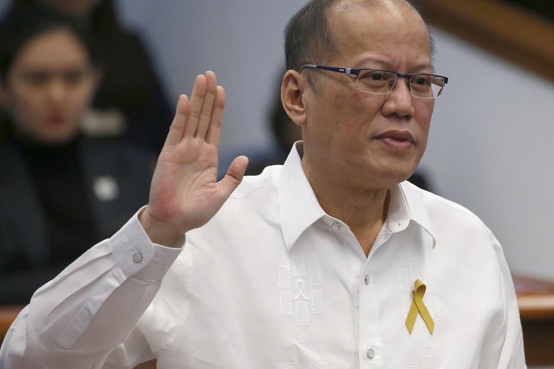 2021年6月24日,菲律賓前任總統阿基諾三世(Benigno Aquino III)逝世,終年61歲。圖為2017年12月14日,他在帕賽市出席一項登革熱疫苗推廣活動。 攝:Bullit Marquez / AP