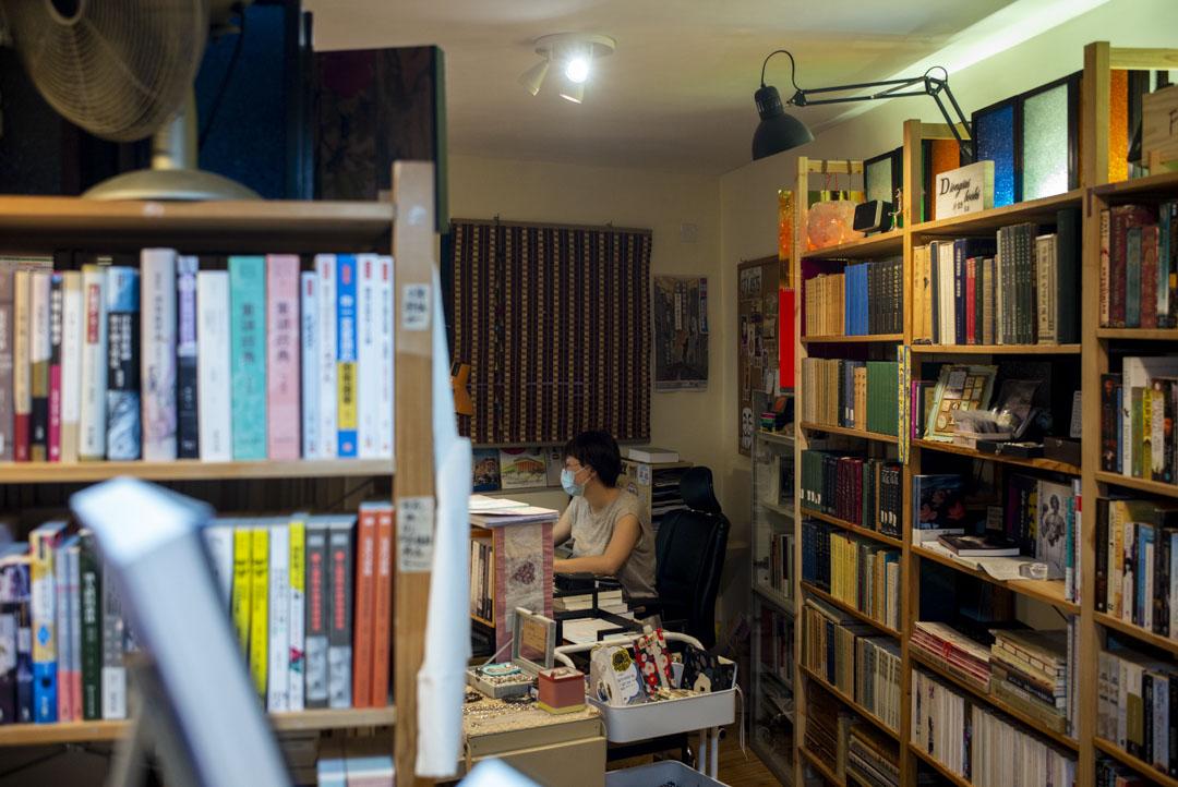 西貢「神話書店」店長Stephanie。