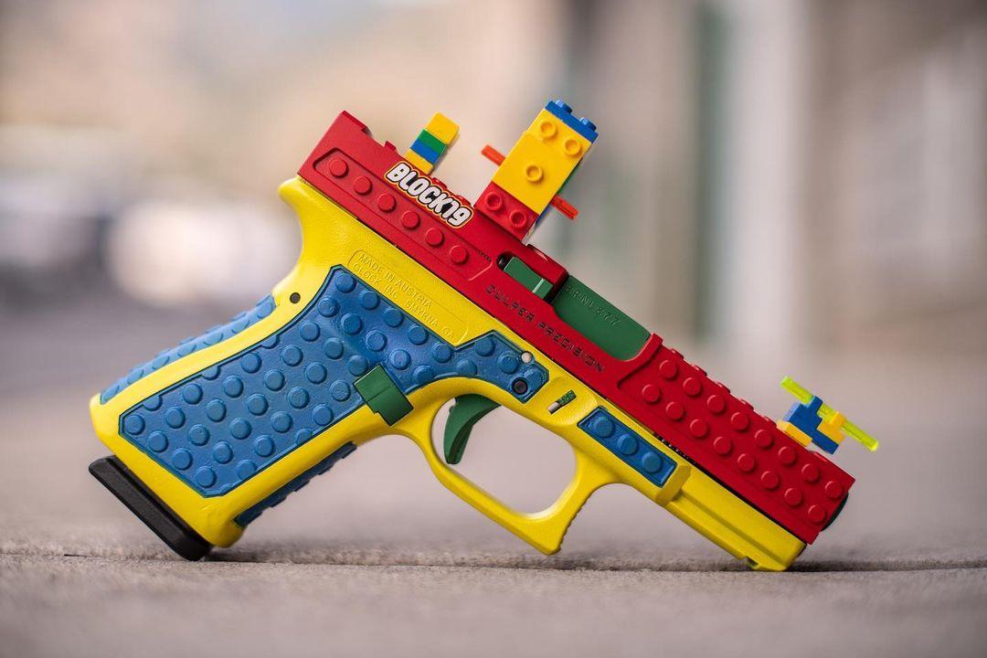 美國槍械製造公司Culper Precision推出酷似「樂高玩具」的真槍。 網上圖片
