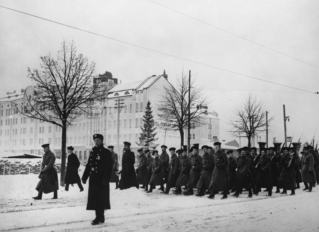 1939年,俄羅斯佔領芬蘭期間,軍隊穿過維堡。