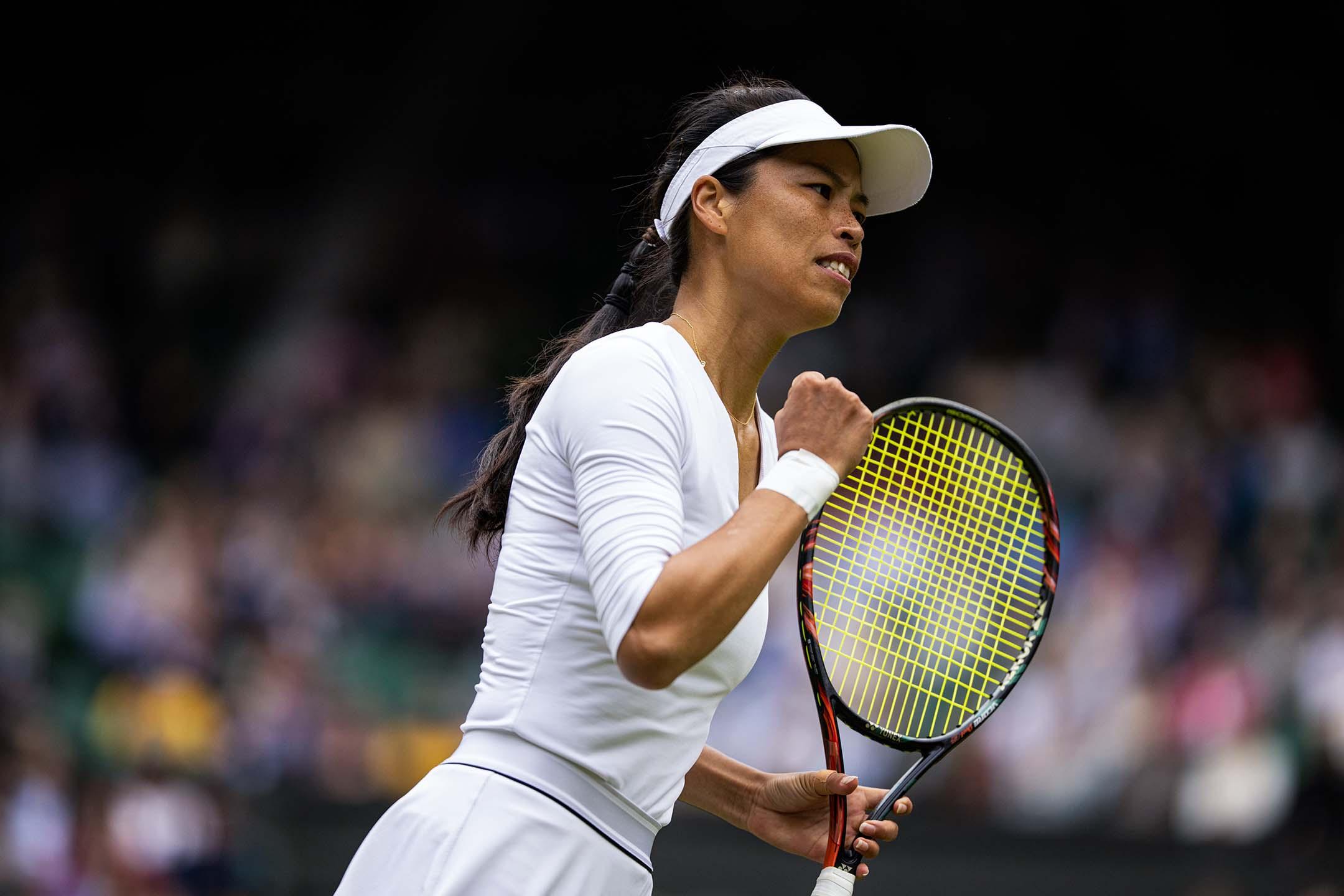 2021年7月10日英國倫敦,中華台北的謝淑薇在溫布爾登草地網球錦標賽女子雙打決賽中。