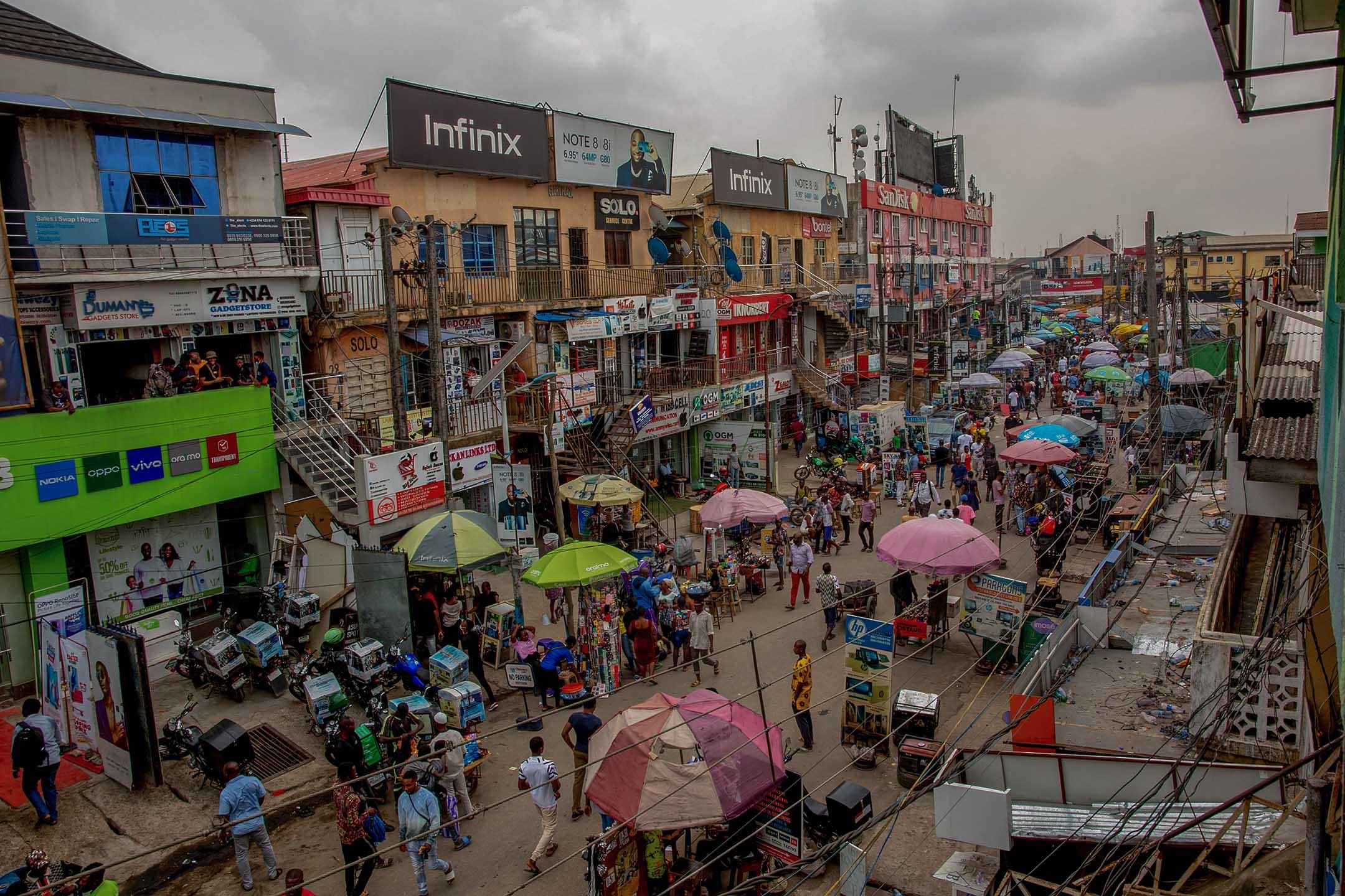 2021年3月29日,尼日利亞拉各斯的市場。