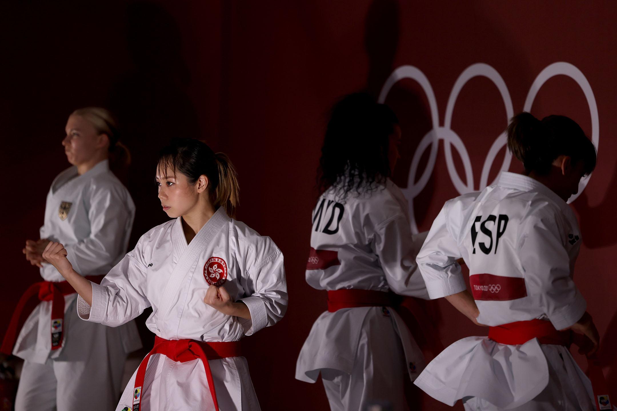 2021年8月5日日本東京,香港隊的劉慕裳於女子空手道個人形項目前熱身。 攝:Harry How/Getty Images