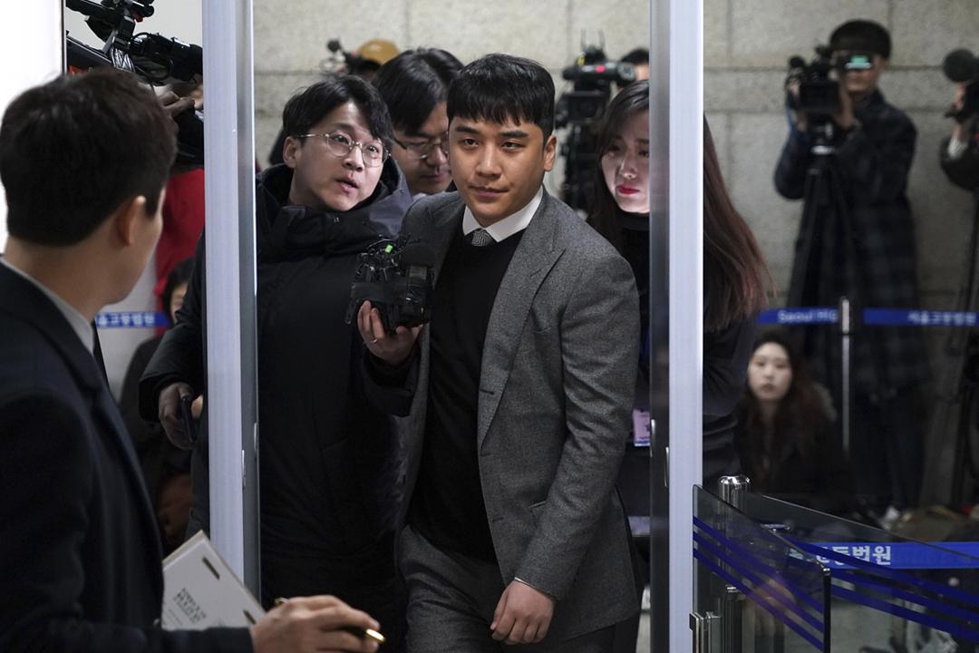 2020年1月13日,南韓組合 BIGBANG 前成員勝利面臨參與性交易、安排性交易、違反性暴力處罰法等多項控罪,在首爾中央地方法院應訊。 攝:Chung Sung-Jun / Getty Images