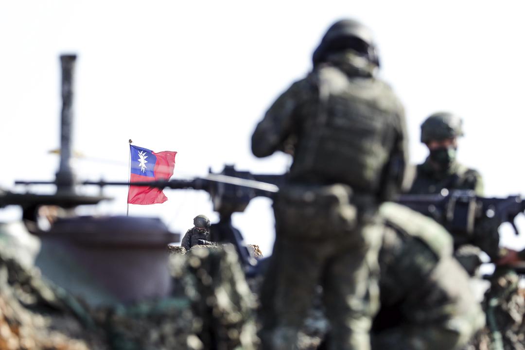 2021年1月19日,台灣軍隊在新竹縣舉行演習。 攝:I-Hwa Cheng / Bloomberg via Getty Images
