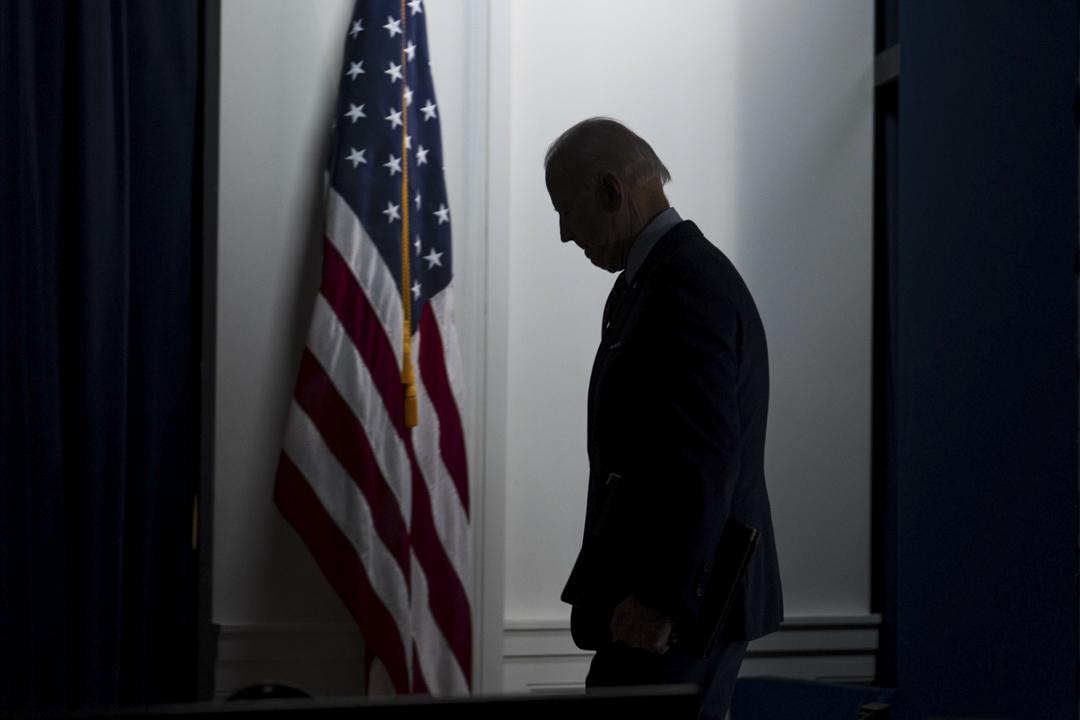 2021年4月21日,美國總統拜登在華盛頓發表講話後離開。