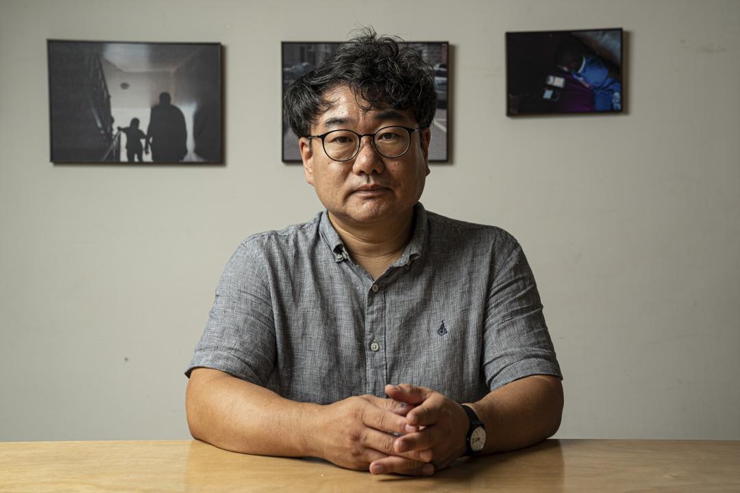 2011年成立非謀利律師事務所Advocates for Public Interest Law的創辦人Jong-Chul Kim。