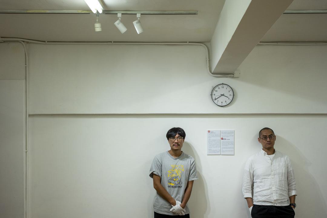 藝術家江耀榮與策展人黃宇鵬。