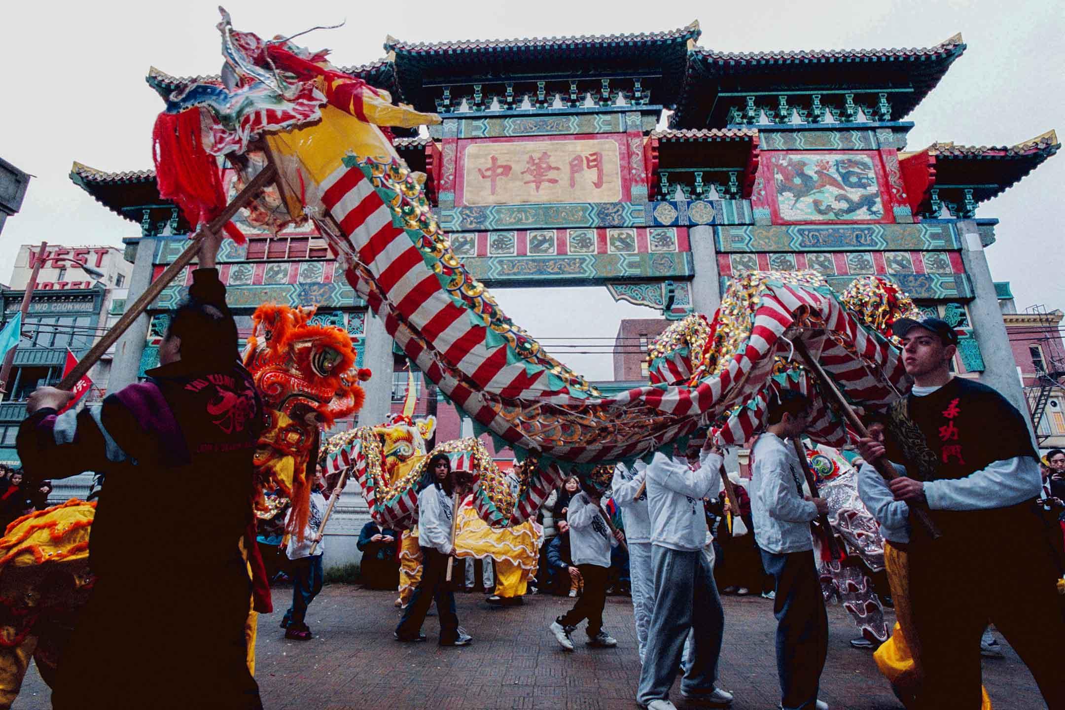 2002年2月17日加拿大溫哥華,農曆新年遊行期間。