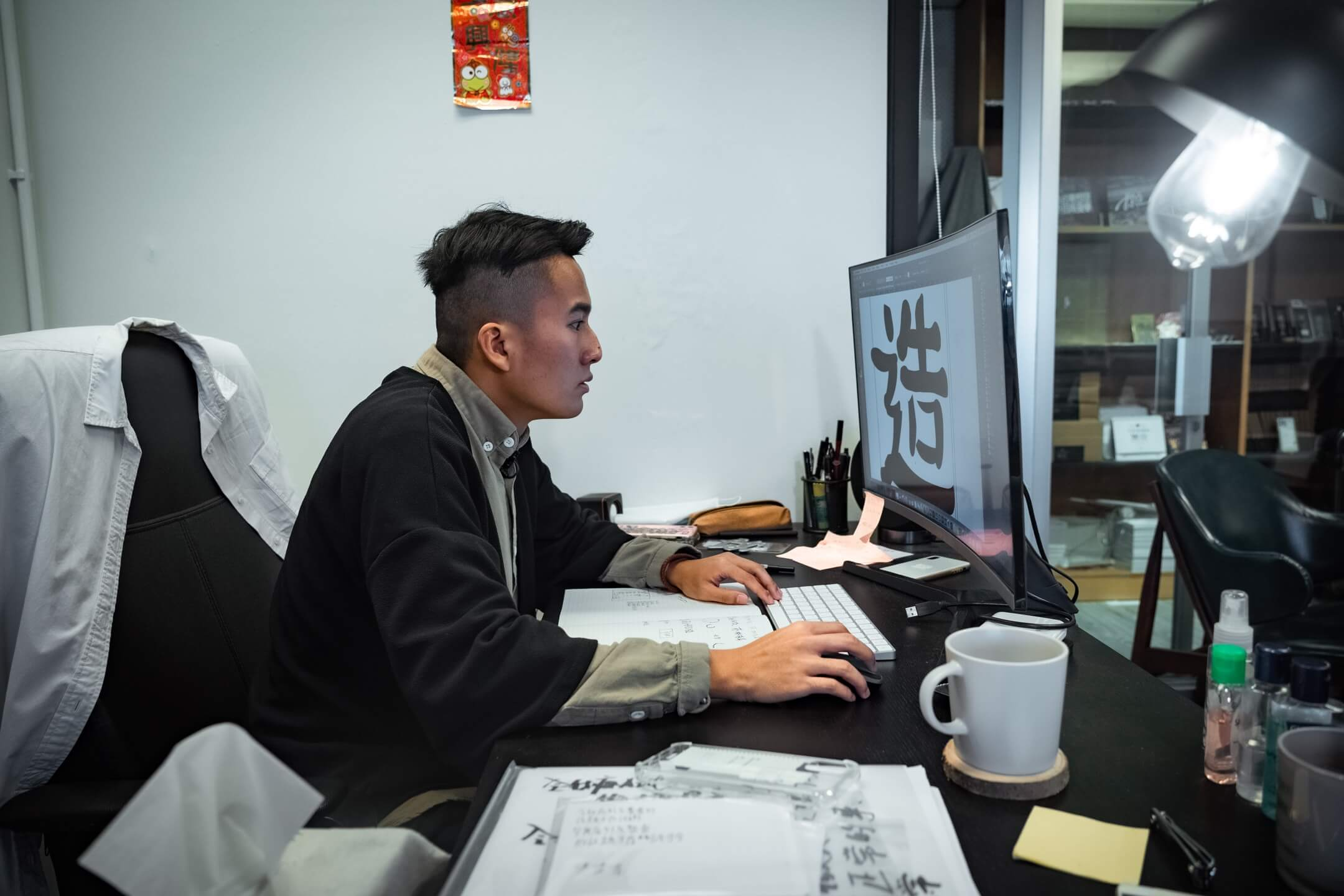 字體設計師Roy Chan。 攝:Chilam Wong/端傳媒