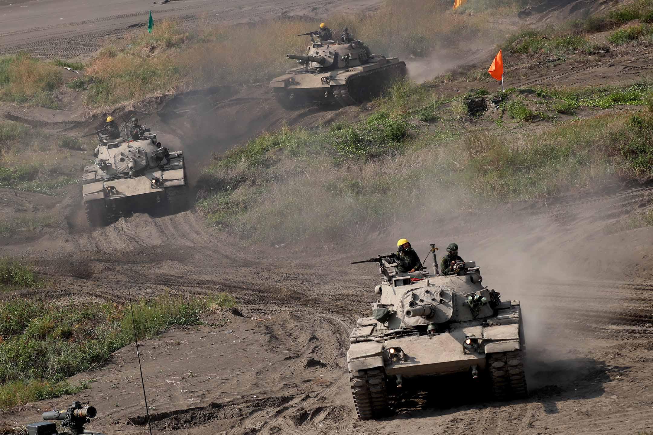 2021年9月16日,台灣新北舉行的第37屆漢光軍演,坦克被部署執行防衞行動。 攝:Ceng Shou Yi/NurPhoto via Getty Images